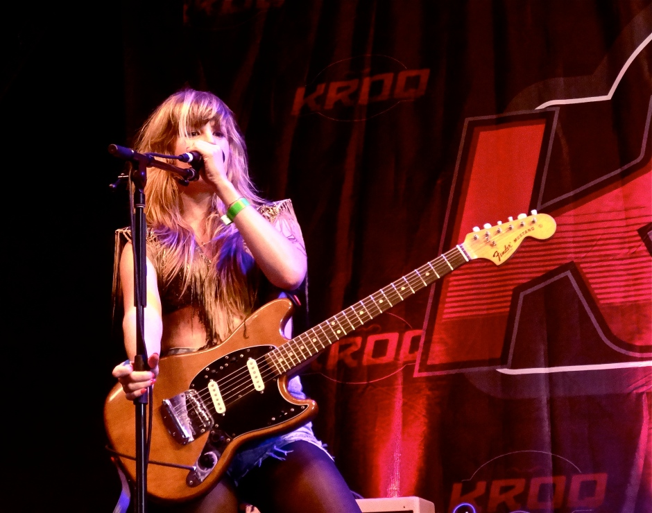 Deap Vally's Lindsey Troy