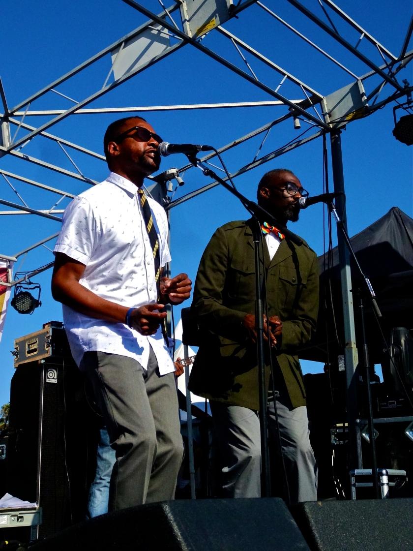 Myron & E at The Beach Ball Festiva 9/21/13 [@methodman13]