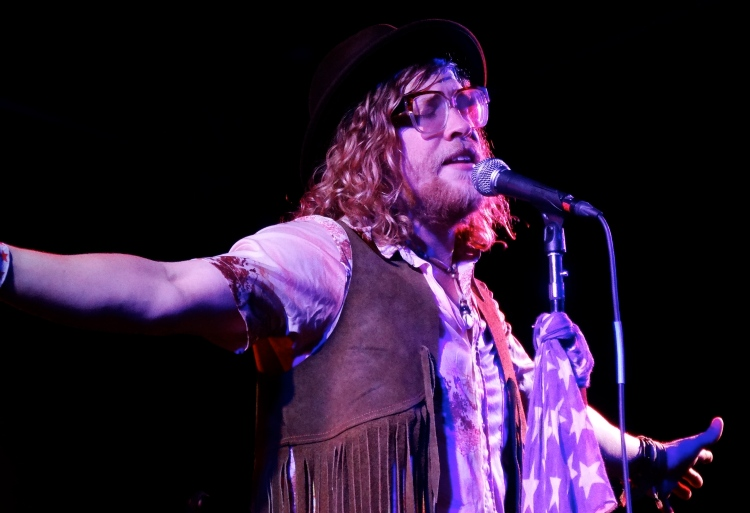 Allen Stone at The Beach Ball Festival 9/21/13 [ig: @methodman13]