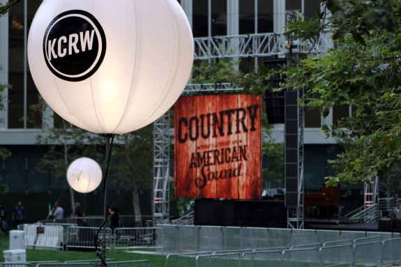"KCRW Presents ""Country In The City"" 