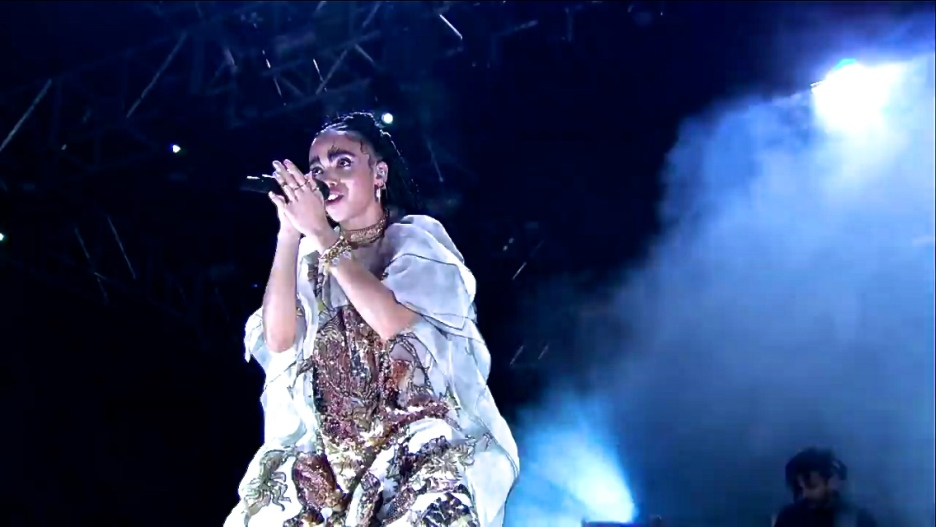 FKA Twigs   Coachella   4/11/15   iPhone5 Screen Shot of Weekend 1 Live Stream Un-Leashed by T-Mobile