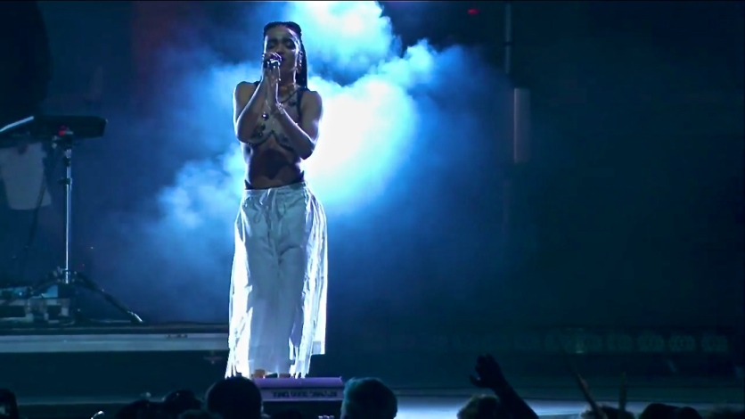 FKA Twigs | Coachella | 4/11/15 | iPhone5 Screen Shot of Weekend 1 Live Stream Un-Leashed by T-Mobile